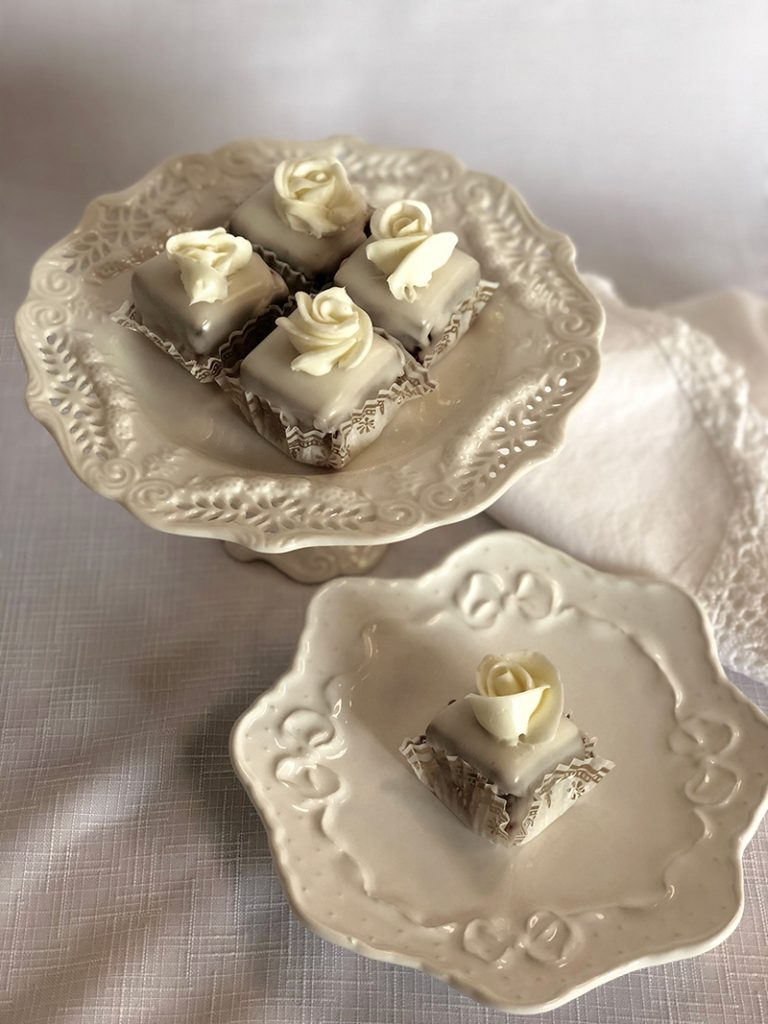 Special order ~ Petit Fours_sm